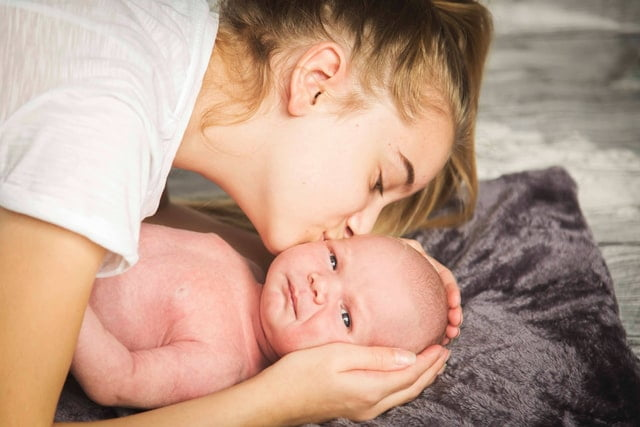 extended breastfeeding boosts relationship
